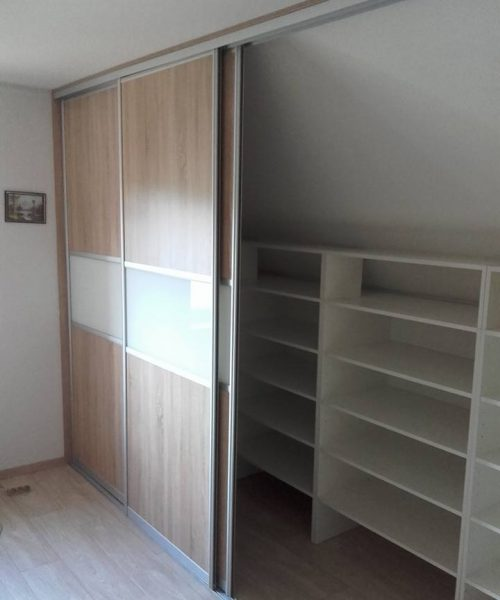 skříně_a_vestavěné_skříně_4
